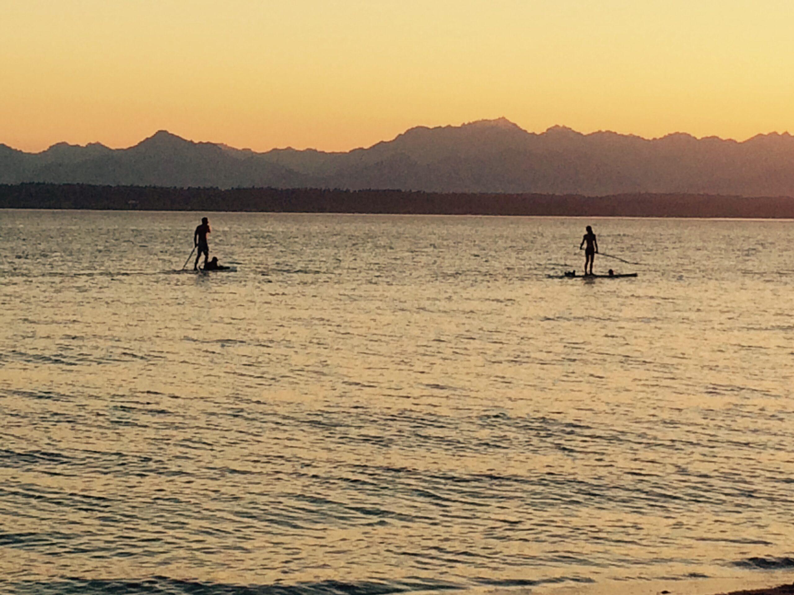 Ballard Seattle kayakers at sunset (1)