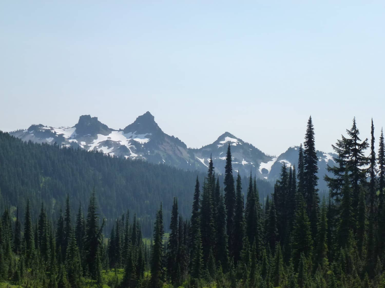 WIIN Cascade Mountains from Mt Rainier